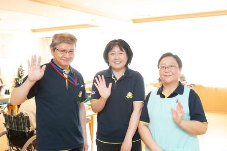 嬉しいお祝金10万円有ALSOK介護はリーダー・ホーム長を目指す方を応援します介護福祉士を募集!